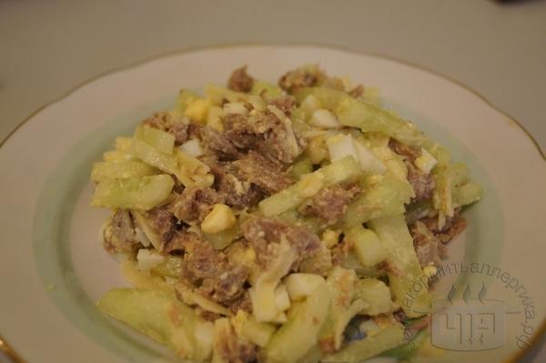 салат с говяжим языком, сыр