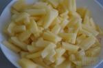 брусочками картофель