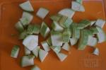 кабачок режем кусочками
