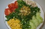 добавили зелени в салат