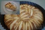 готовый пирог с яблочками