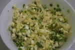 смесь лука, капусты и яиц