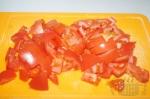 порезанные на куски томаты