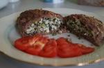 Мясной рулет с начинкой из яиц и зелени