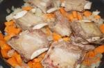 добавлены лук и морковь