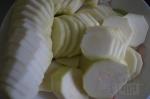 порезанные кругами кабачки