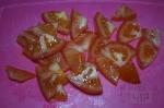 помидоры порезаны кусочками