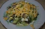 Салат из языка и огурца с сыром