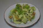 готовый салатик с брокколи