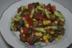 готовый салат из языка с помидором