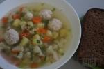 Пшенный суп с цветной капустой и с фрикадельками из индейки
