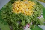 добавление кукурузы в салат с редисом