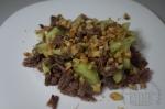 Салат с говяжьим языком и орехами